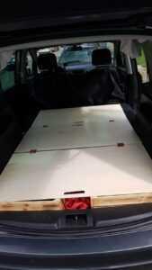 sharan car camping sleeping bed storage DIY2 1