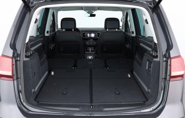 VW Sharan 2019 boot rear seats folded