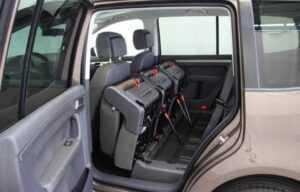 VW touran 2015 rear seats lifted side