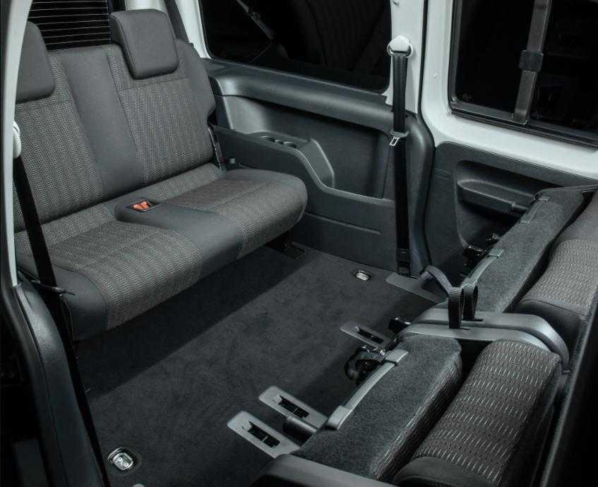caddy maxi interior