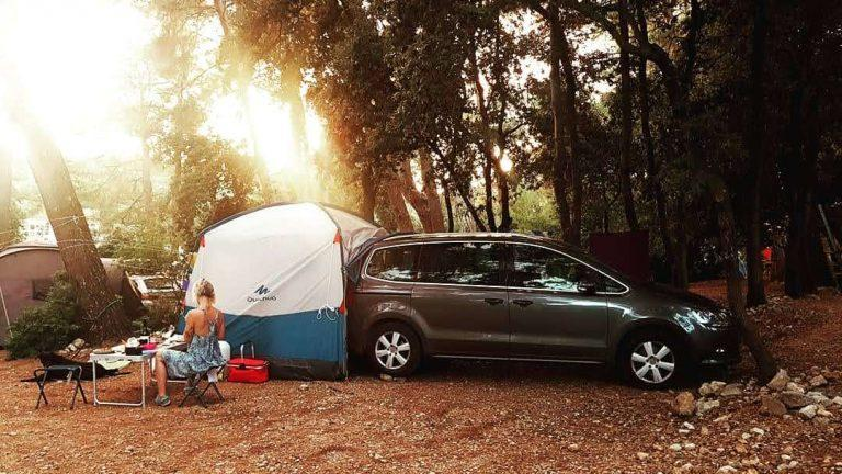 Arpenaz Base M Review (+video) – a good budget car tent for car camping